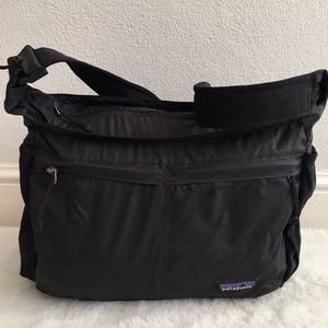 Patagonia Lightweight Black Crossbody Zip Bag